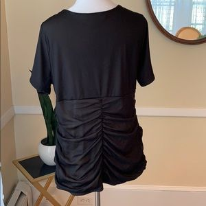Maurices Tops - Maurice's Size 2x V Neck Line Blouse in EUC
